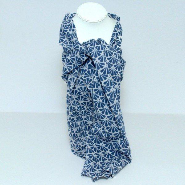 Block-print scarf blue