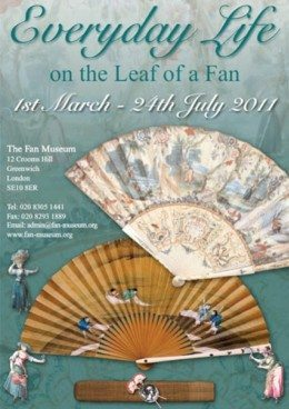 Everyday life on the leaf of a fan