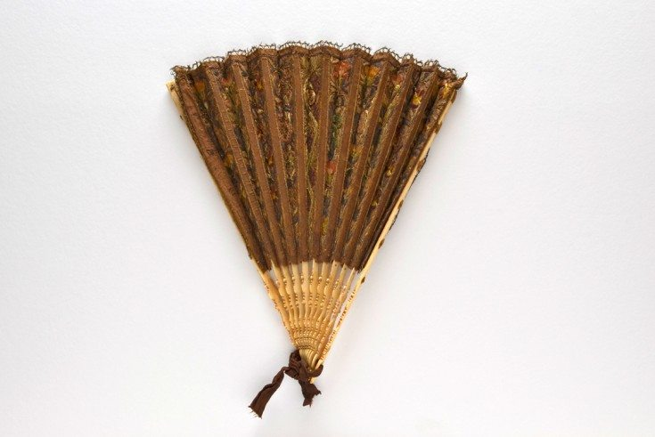 Embroidered folding fan, c. 1590-1630